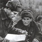 Советские парашютисты Иван Старчак и Н. Щербина